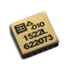 Puce accélérométrique capative avec performance thermique amélioré